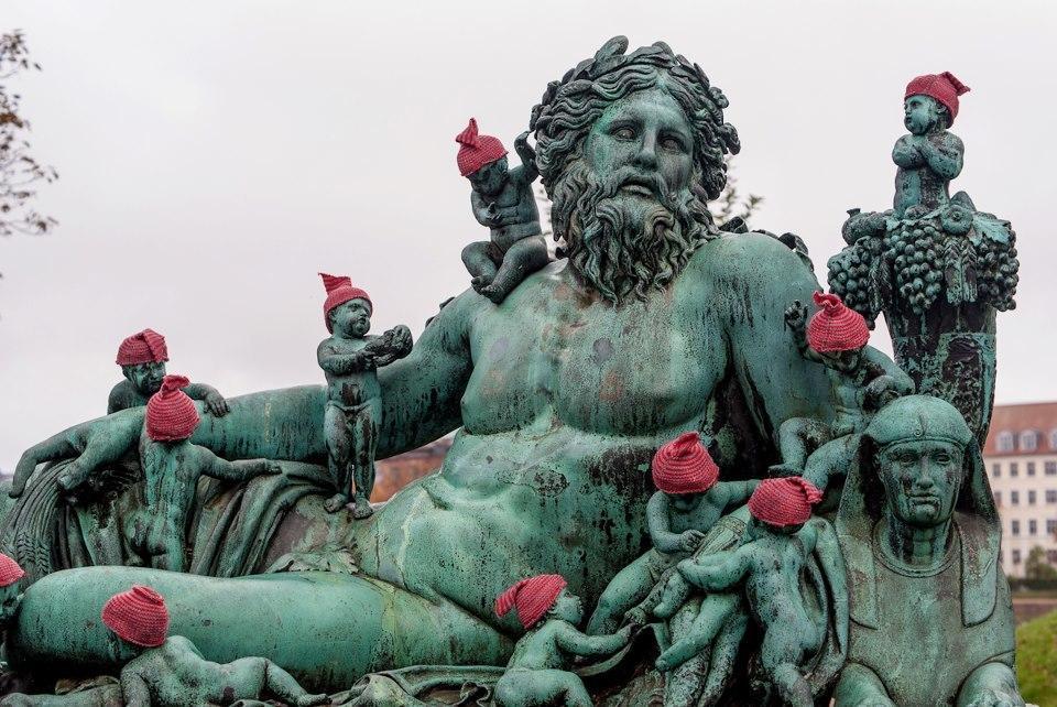 ghid-pentru-romanii-care-vor-sa-studieze-in-danemarca-326-body-image-1430815302