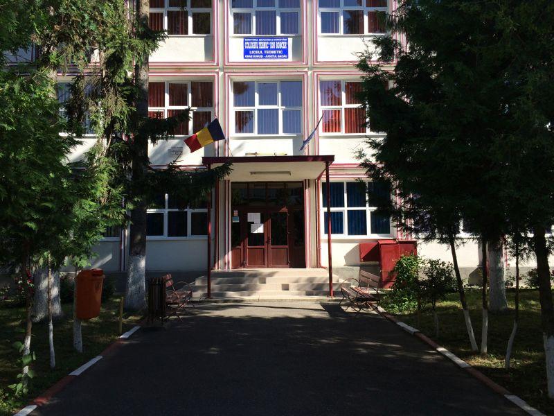 colegiul_tehnic_ion_borcea_buhusi