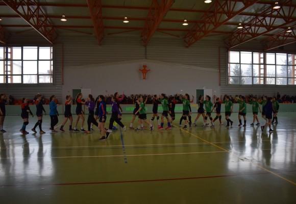 HC Buhuși: (J2) HC Buhuși - LPS Vaslui 33-23. J4 s-a calificat la Euroregiune