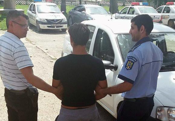 Un minor din Buhuși a fost arestat preventiv 30 de zile pentru șapte furturi din locuințe